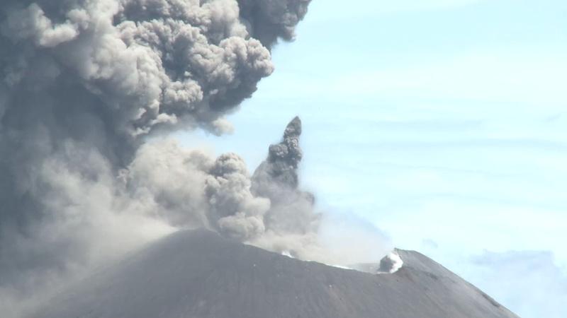 Uncut eruption